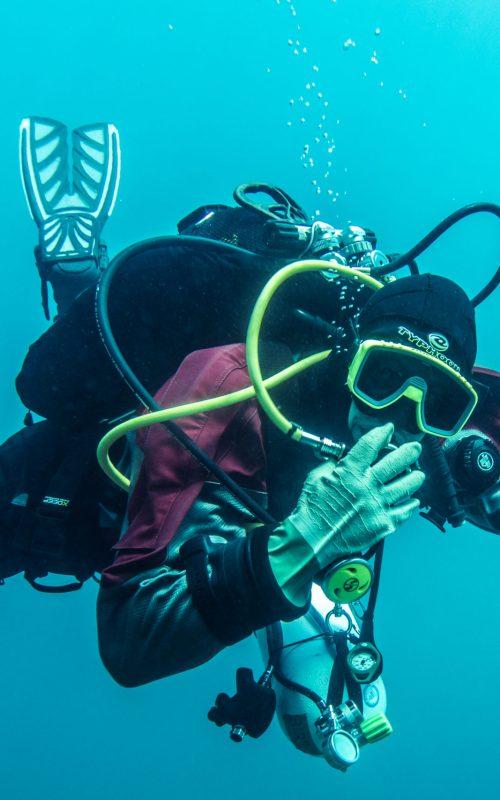 Dry Suit Diver-1